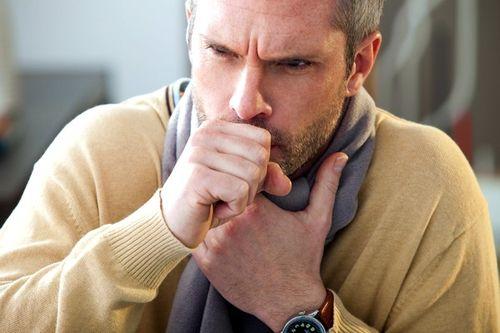 Как смягчить кашель при раке лёгких: медицина и народные средства
